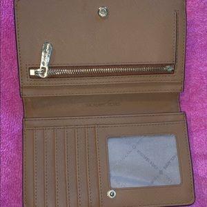 Brand new mk wallet
